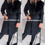 Must karvase kraega mantel