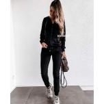 Must veluurist dressikomplekt