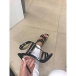Mustad kingad,rihmikud