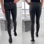 Mustad nahaimitatsiooniga püksid