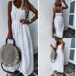 Valge pikk kleit( keskel kumm)
