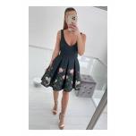 Must lilleline skter kleit