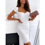 Valge kleit(kergelt soonik)