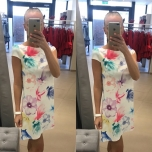Lilleline A-lõikeline kleit