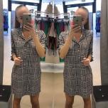 Kirju ruuduline taskutega vabalt langev kleit