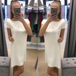 Valge lühikese varrukaga kleit