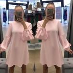 Heleroosa A lõikeline varrukaga kleit