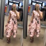 Heleroosa lilleline midi pikkuses skater kleit